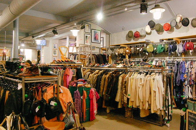 kilo-shops-vintage-paris