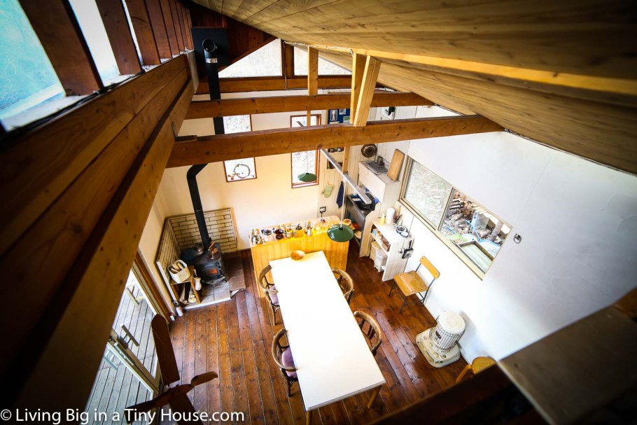 Japan-Off-Grid-Cabin-Upstairs
