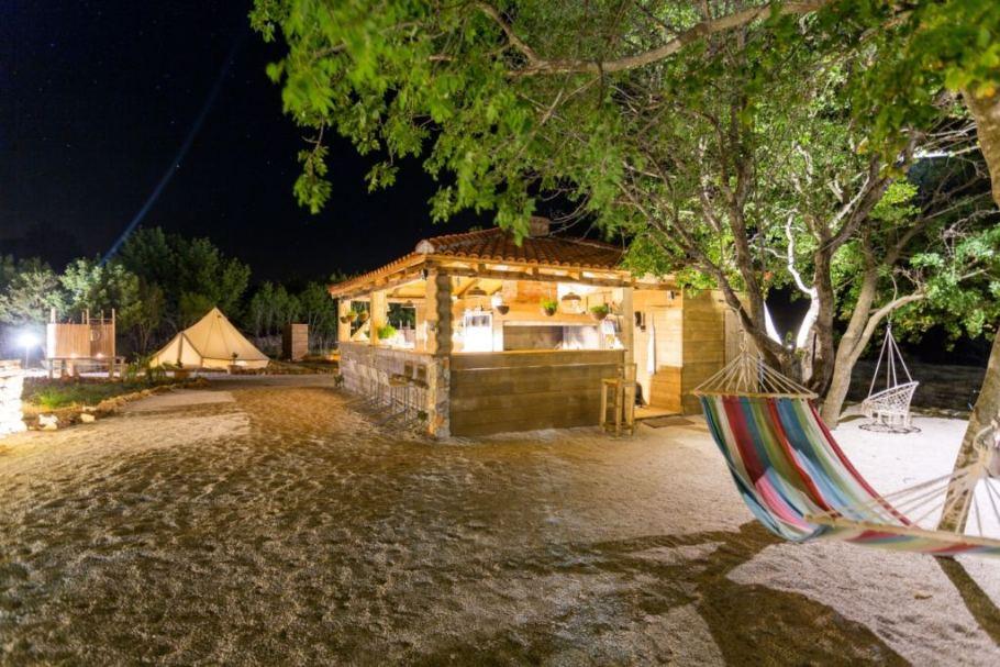 Boutique-camping-nono-ban-Kroatie9-1024x683