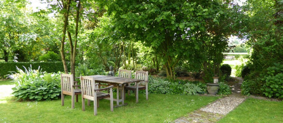 Oortjeshekken-tuin1-1060x460