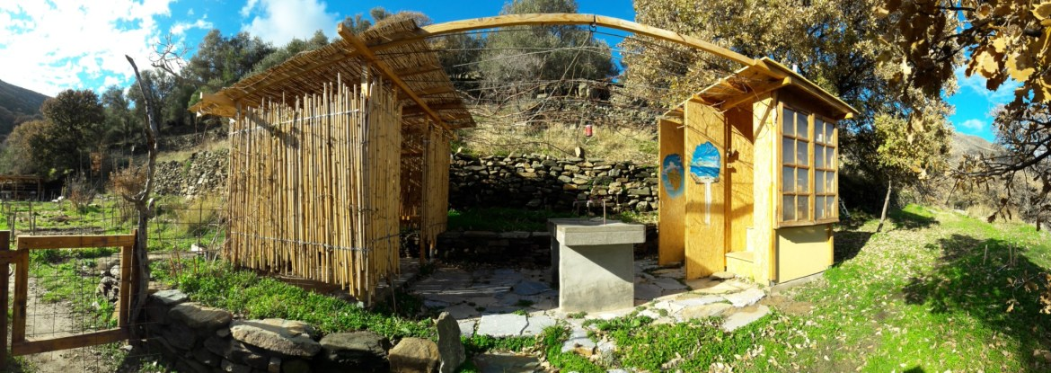 tinos-ecolodge-compost-toilets-2