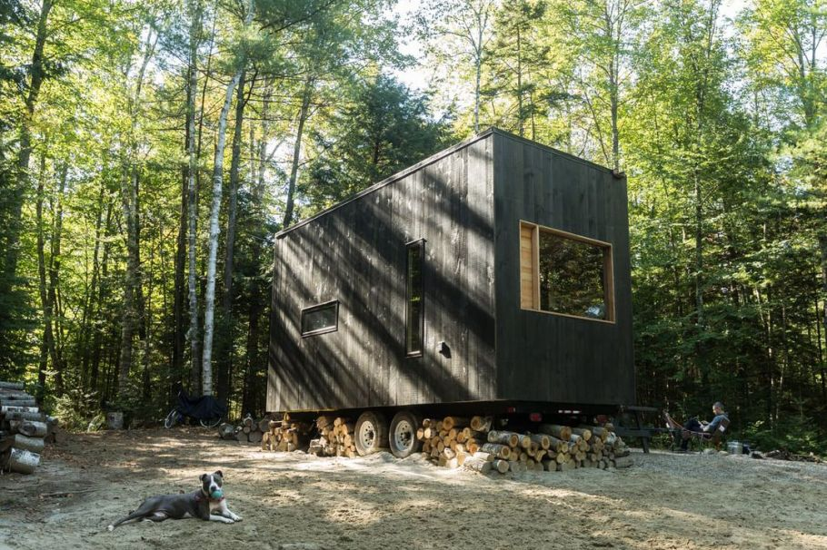 Tiny-House-Getaway-NewYork-via-smallspaces.about.com-5768659e5f9b58346a0b7748