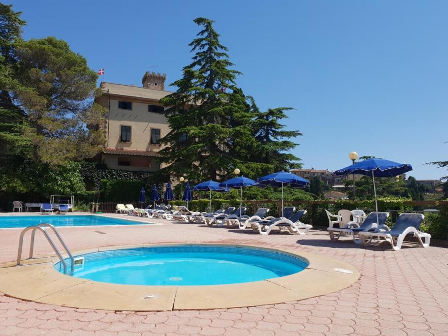 villa.elena.zwembad