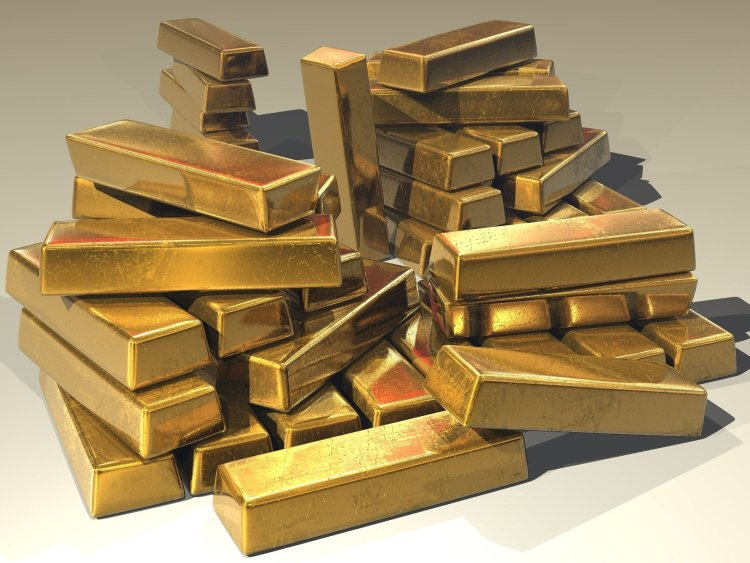 A lot of stacked gold is not a productive way of investing.