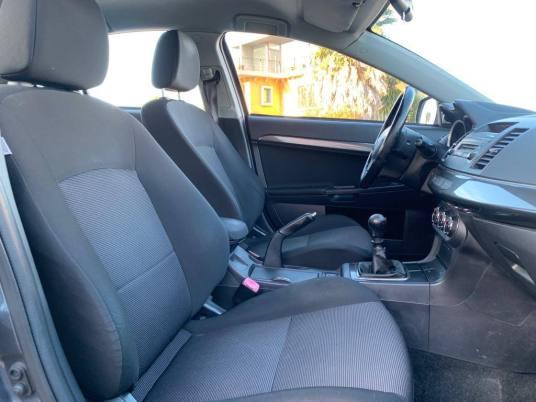 usado Mitsubishi Lancer 2010 - 10