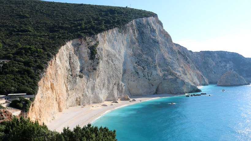 Lovely winter vacation on the stunning Lefkada island in Greece | Tofobo Family