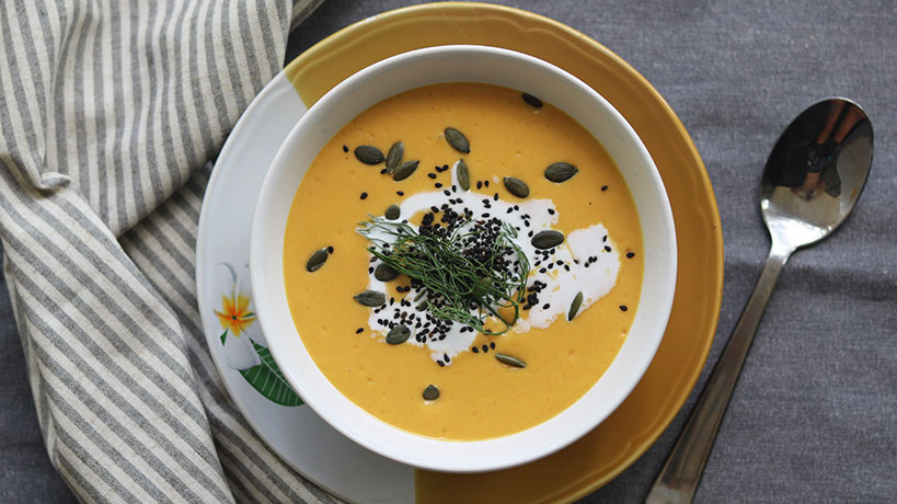 Creamy Vegan Pumpkin Soup with Coconut Milk & Red Lentils | Tofobo Family