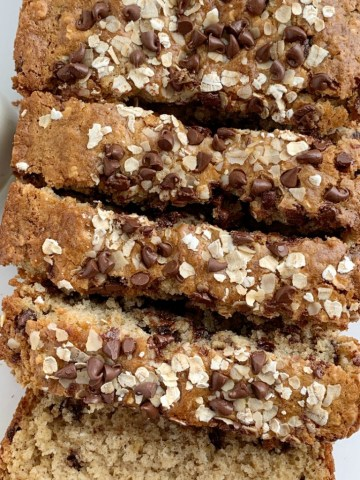 Oatmeal Chocolate Chip Bread   Chocolate Chip Bread   No Yeast Bread   Oatmeal chocolate chip bread is a quick, simple, no yeast sweet bread that tastes exactly like an oatmeal chocolate chip cookie! #snackrecipe #recipeoftheday #chocolaterecipes #easyrecipe #noyeastbread