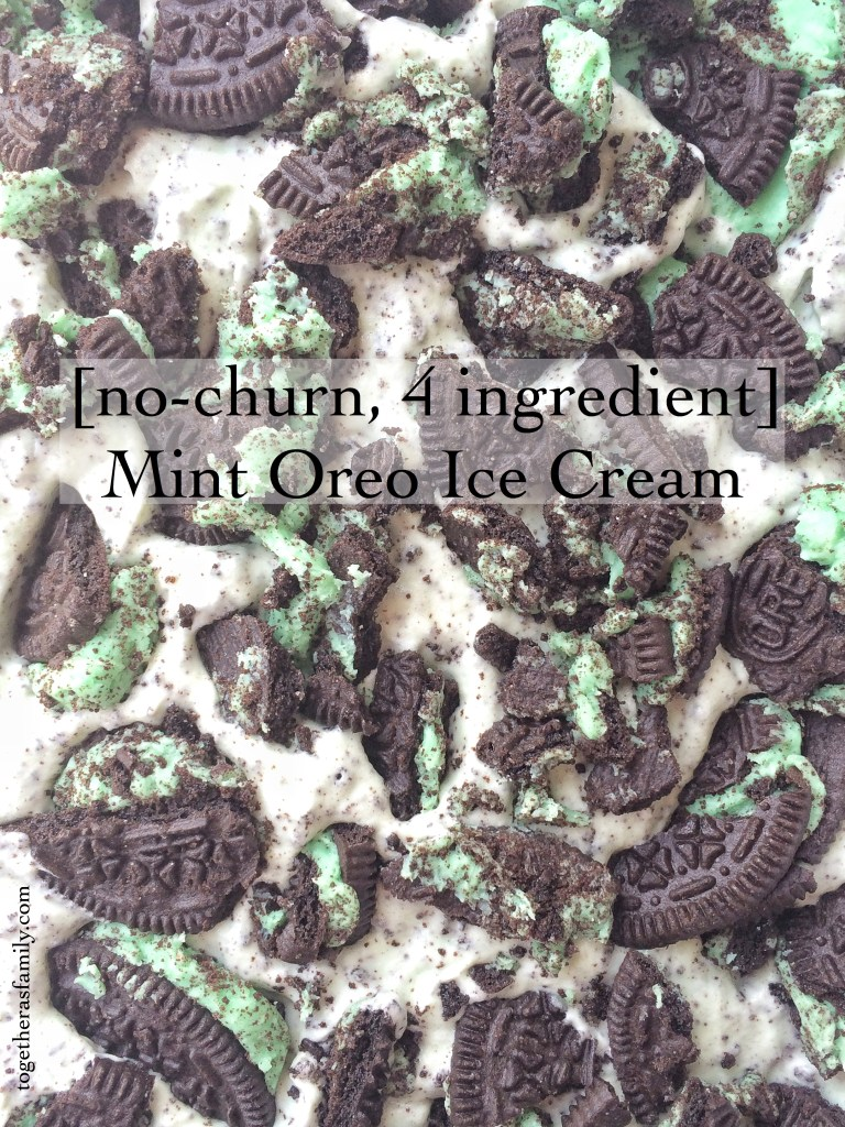 [no churn, 4 ingredient] Mint Oreo Ice Cream- www.togetherasfamily.com