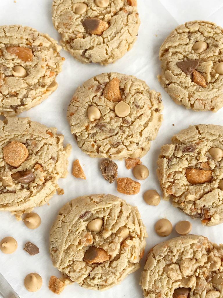 Butterfinger Peanut Butter Cookies   Peanut Butter Cookies   Butterfingers   Dessert   Cookies   #cookies #peanutbutterdessert #peanutbutterrecipes #peanutbutter #dessertrecipe