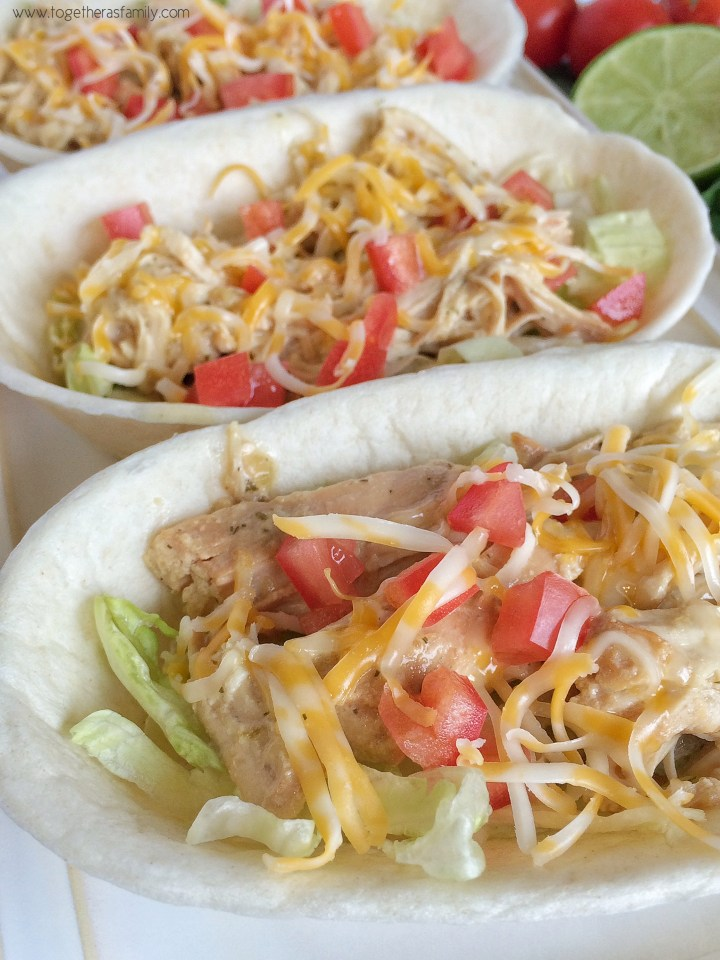 {slow cooker} HONEY LIME SALSA VERDE RANCH CHICKEN TACOS | www.togetherasfamily.com