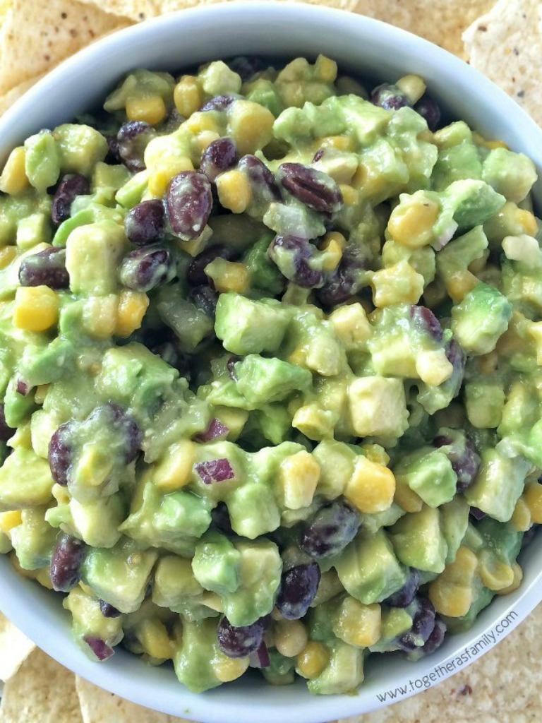 Calling all avocado lovers! This avocado dip is packed full with 6 whole avocados, corn, black beans, red onion and then drizzled with easy & convenient canned salsa verde. So much flavor with little effort.