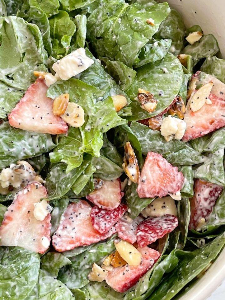 Strawberry spinach poppy seed salad recipe