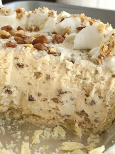 Pecan Cream Pie   Pecan Pie Recipe   Pecan pie just like the original but in a creamy, light, and fluffy pecan cream pie. Pie crust filled with a thick & creamy pecan mixture. This whipped cream pie is a delicious Fall twist to traditional cream pie and makes for an excellent Thanksgiving dessert. #thanksgivingrecipe #pie #pecanpie #nobake #dessertrecipe #recipeoftheday