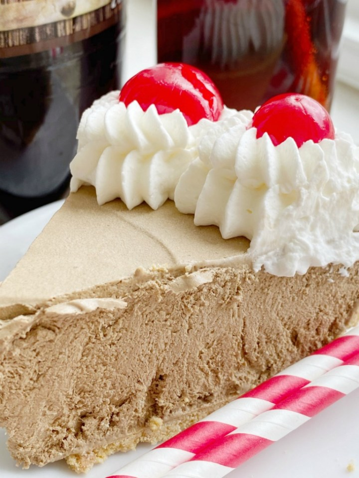 Creamy, cool, light & refreshing! This Root Beer Float Pie is the perfect treat on those hot summer days. Only a few minutes of prep and then some freezer time and you have an easy, no bake pie that tastes EXACTLY like a root beer float!