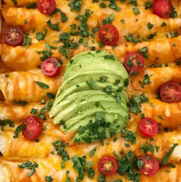 Cream Cheese Chicken Enchiladas | Chicken Enchiladas | Dinner Recipe | 30 Minute Dinner | Quick and Easy Chicken Enchiladas with cream cheese! Easy family dinner that everyone loves. #dinner #dinnerrecipe #chicken #enchiladas #mexicanfood #easyrecipe #recipeoftheday