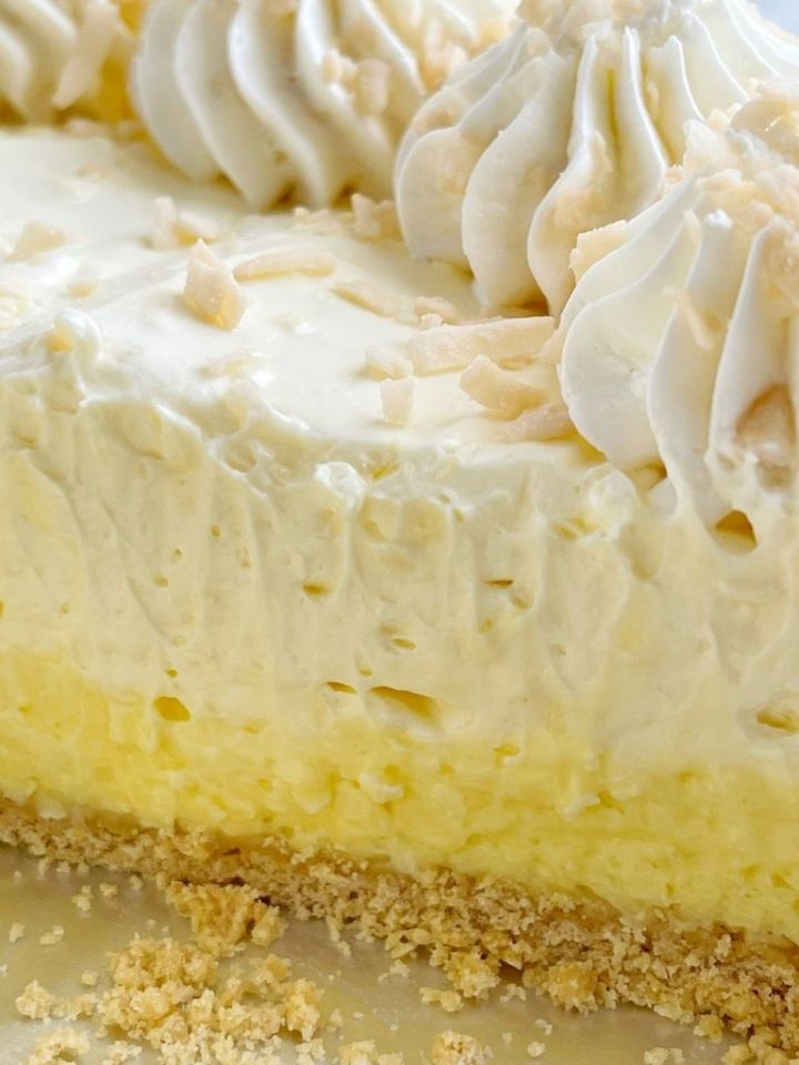 No bake pie recipe with coconut instant pudding mix and cream cheese.