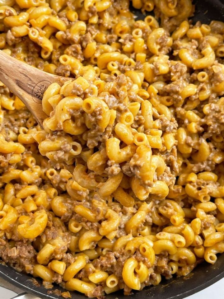 A dinner recipe for ground beef hamburger helper made at home in just one pot.