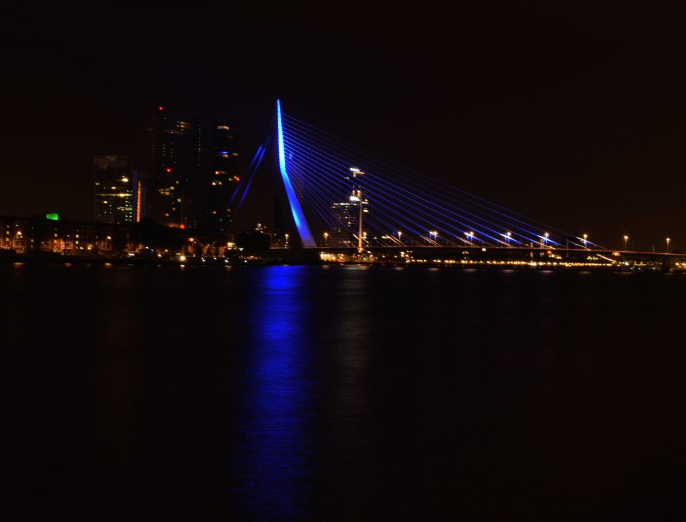 Rotterdam Night Skyline togetherintransit.nl 3