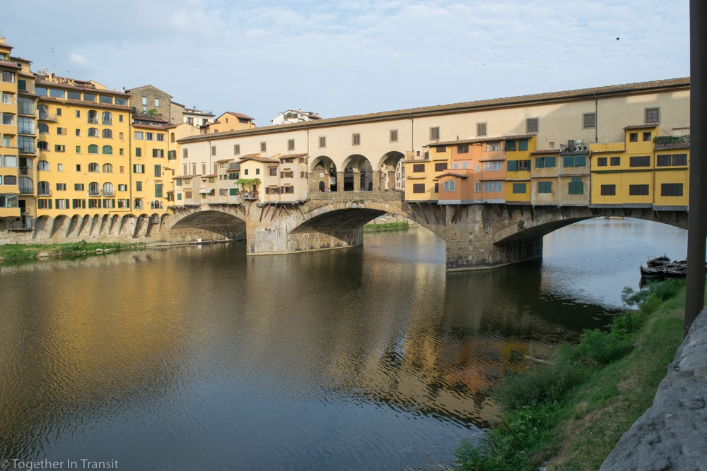 The beautiful Ponte Vecchio at sunrise