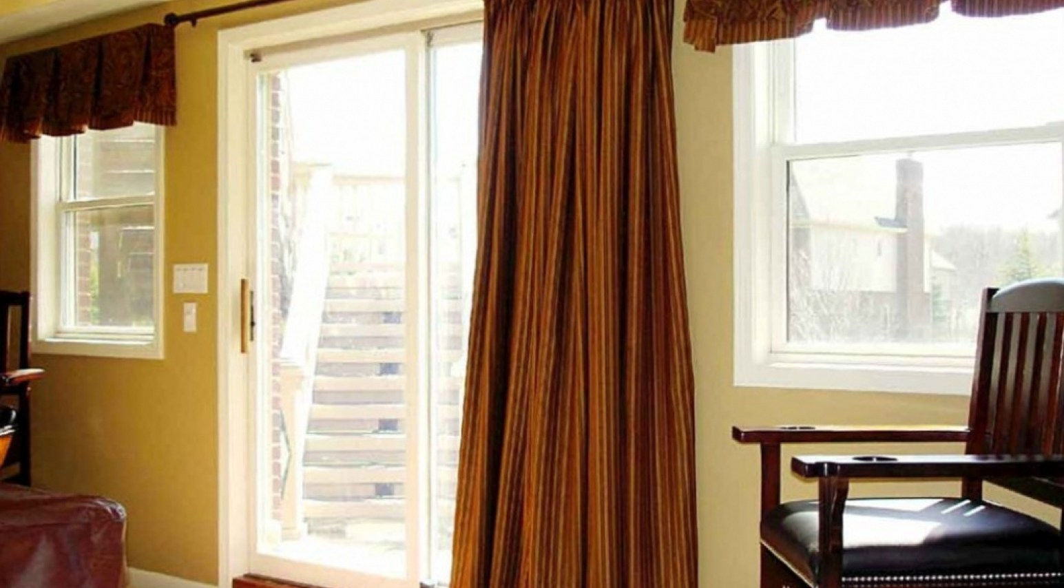 sliding glass door curtain rod without