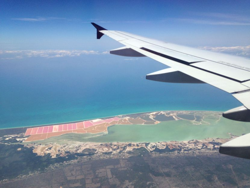 1-flying-into-cancun