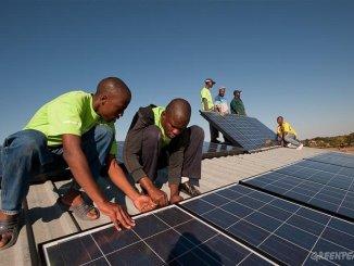 solarinstalation Energie solaire: 10.000 ménages seront équipés dans les 12 prochains mois