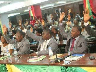 parlement Togo: le nouveau code foncier adopté par le parlement