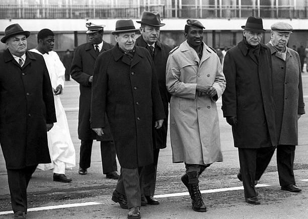 434233414 2161771679693502 Des présidents Africains seraient derrière l'assassinat de Sankara (Enquête)