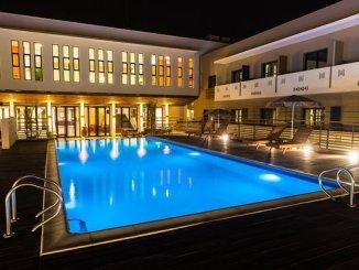 piscine [Alerte]: les grands hôtels du Togo dans le rouge...