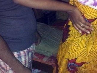 lomé Zanguera: un père surprend son fils en plein acte sexuel avec sa mère