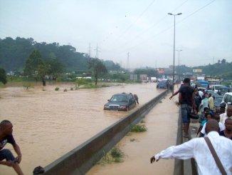 pluies abidjan Côte d'Ivoire: 15 morts ce lundi à Abidjan après une pluie