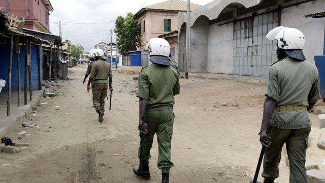 patrouille de police dans les rues de lome au togo le 26 avril 2005 5805881 [Rétro]: ces personnalités étrangères qui ont plongé le Togo dans le chaos il y a 13ans