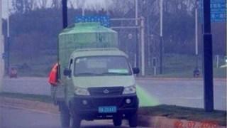 中国の緑化帯のインチキなお手入れ