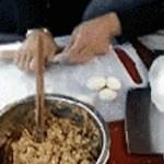【驚愕】中国の人はマジでどこででも料理をします。
