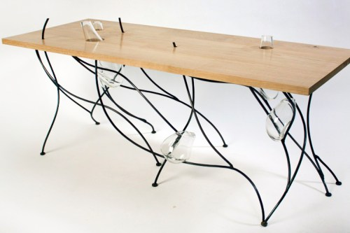 sweep table/ lucasallanmartin