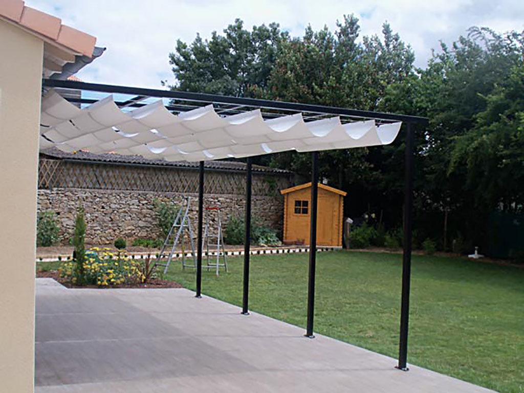 Awesome Toile Ombrage Sur Mesure With Voilage Pergola