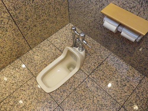 「綺麗な和式トイレ」の画像検索結果