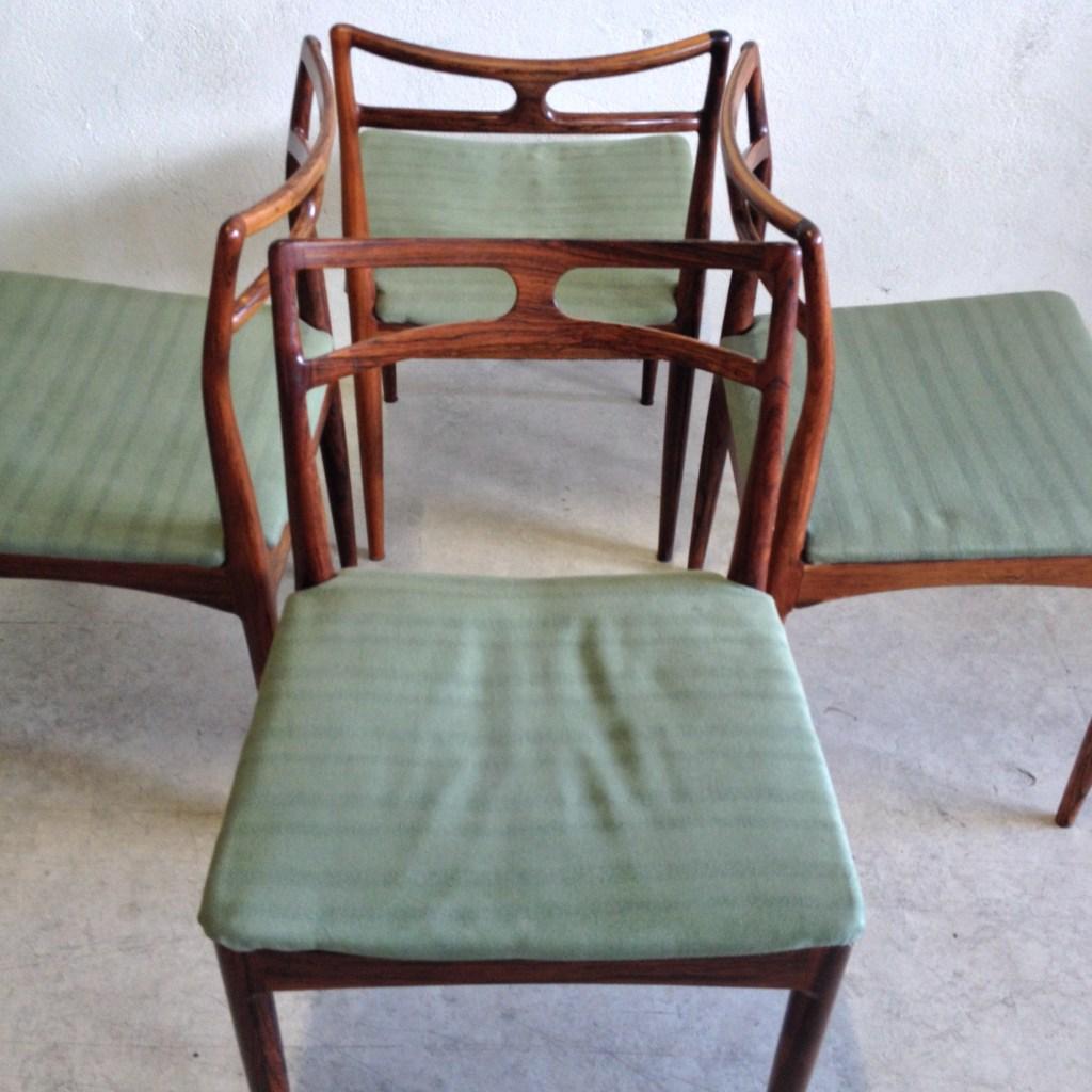 Arne Jacobsen Dot Stools Tasteful Objects Toinc