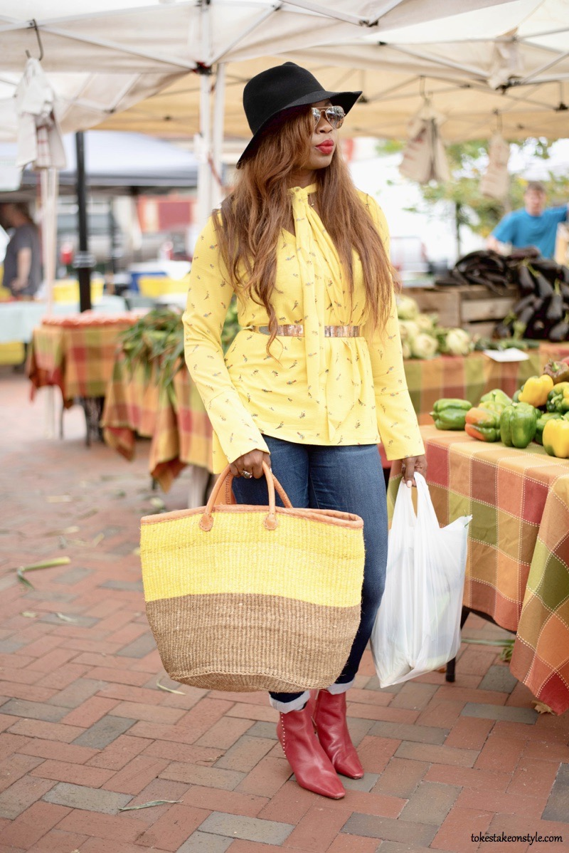 Mission and Movement bag and yellow top