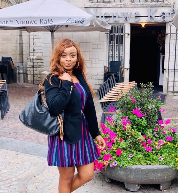 transition-your-summer-wardrobe-to-fall-woman-blazer-dress