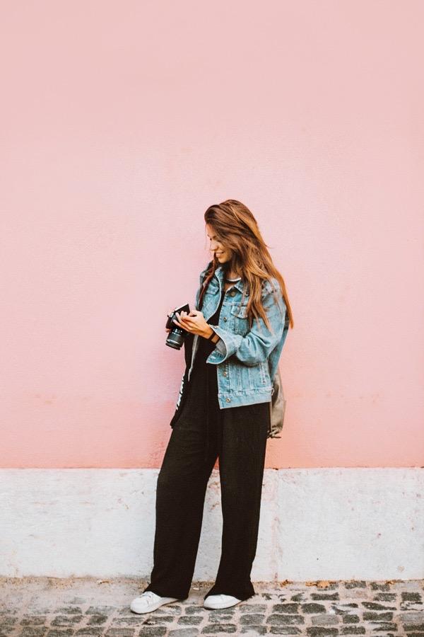 denim-jacket-classic-wardrobe-essentials