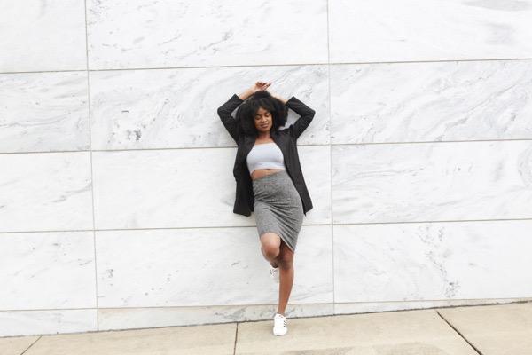 transition-your-summer-wardrobe-to-fall-woman-blazer-skirt