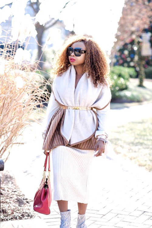 3-ways-to-style-a-shawl-scarf-vest-with-a-skirt
