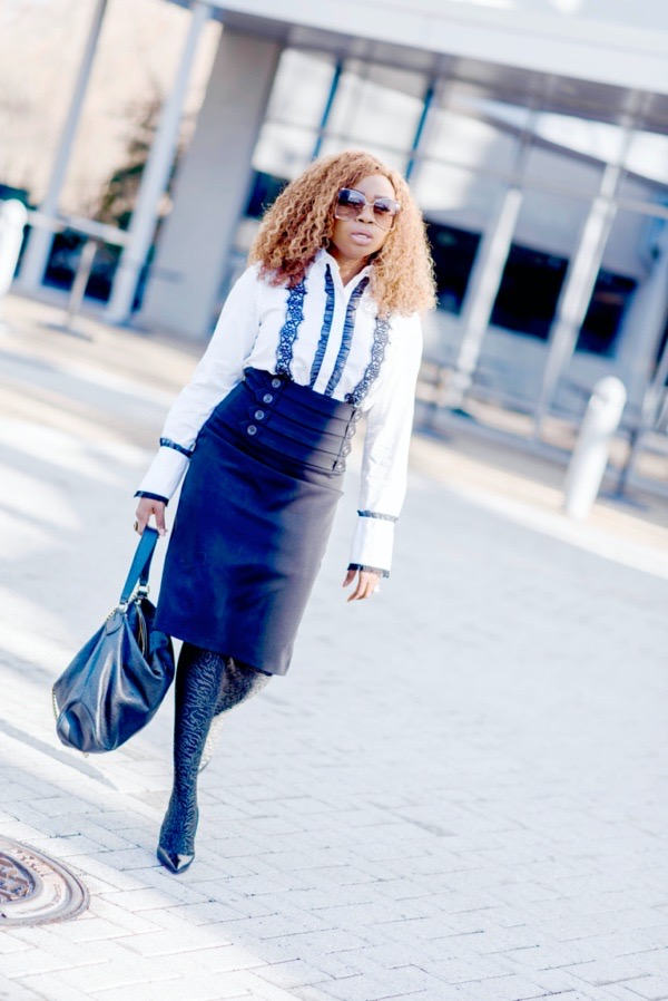 ways-to-style-a-white-button-down-shirt-with-a-pencil-skirt