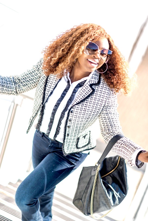 ways-to-style-a-white-button-down-shirt-with-a-tweed-blazer