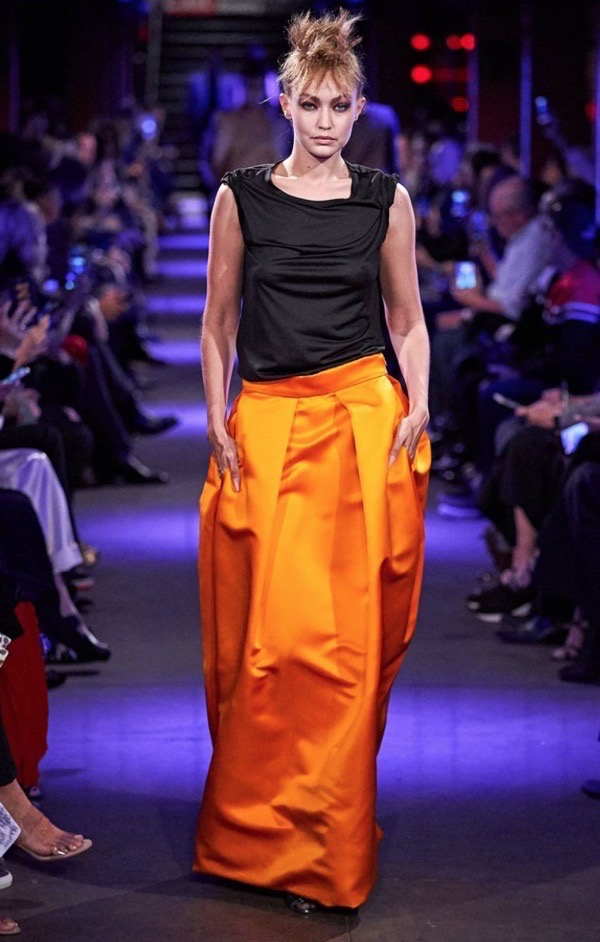 wearable-summer-2020-fashion-trends-neon-orange-tom-ford-maxi-skirt