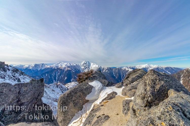 鳳凰三山から見る北岳と間ノ岳