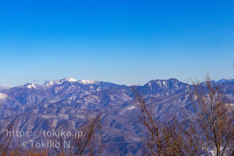 赤城山・黒檜山山頂から見た日光白根山・皇海山