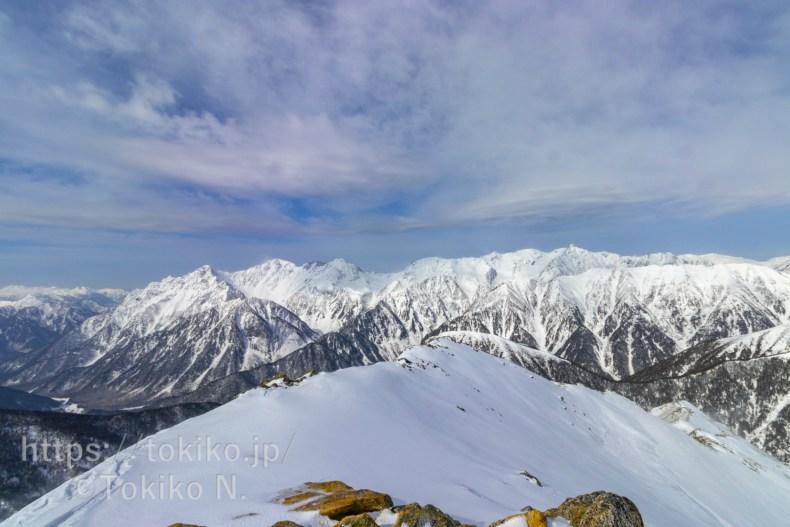 常念岳山頂から見る槍ヶ岳・穂高連峰